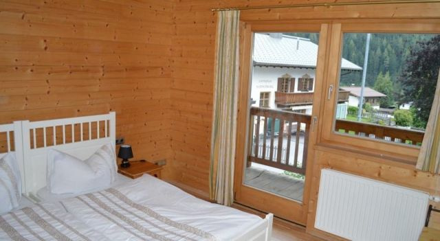 Alexandra Alber Villa Schlosskopf - #Guesthouses - EUR 35 - #Hotels #Österreich #SanktAntonAmArlberg http://www.justigo.de/hotels/austria/sankt-anton-am-arlberg/villa-schlosskopf-appartments_40968.html