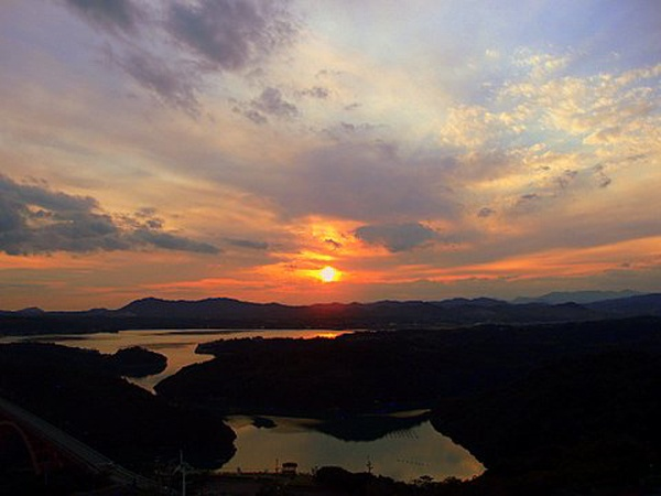 的矢湾の夕日。