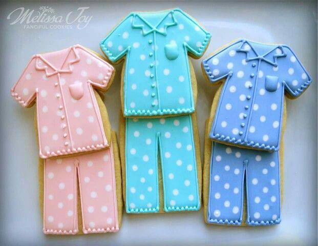 Pijamas                                                                                                                                                                                 Más