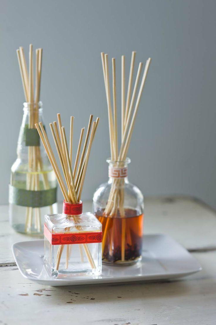 Como fazer aromatizador de ambiente - difusor com varetas para  deixar a sua casa perfumada.