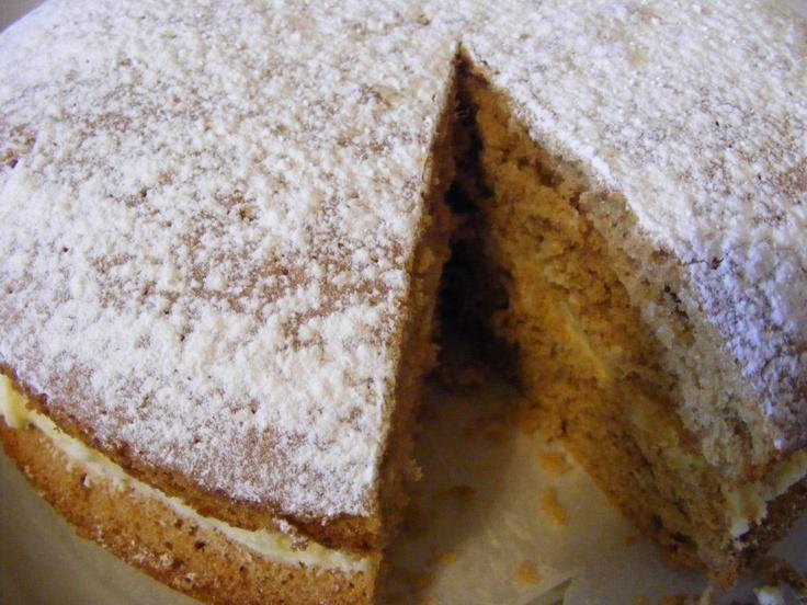 Chai Tea Sponge Cake with Vanilla Buttercream.