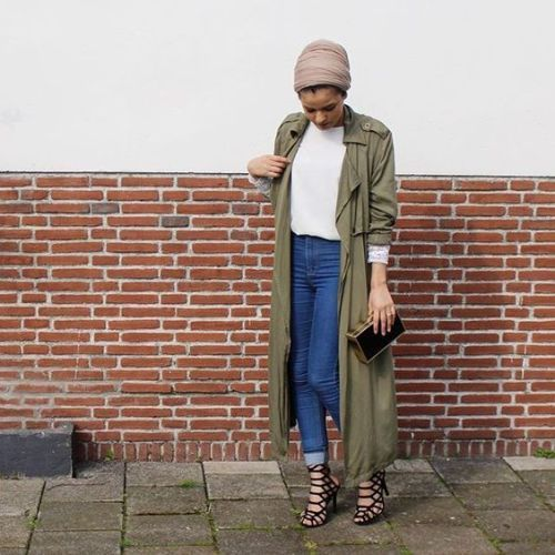 long trench jacket hijab outfit- Trendy and chic hijab looks http://www.justtrendygirls.com/trendy-and-chic-hijab-looks/