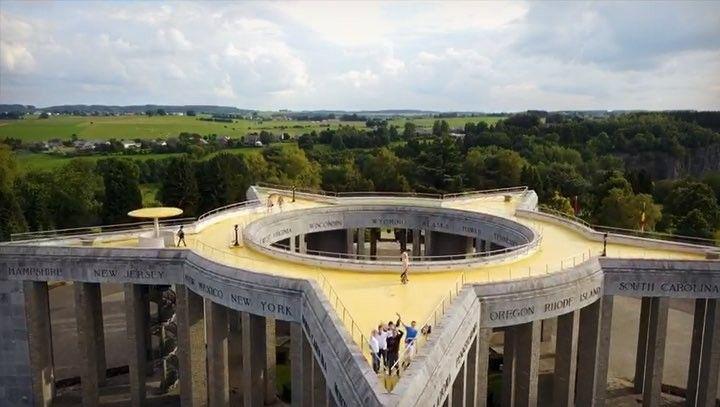 Bastogne y su museo en recuerdo a la célebre batalla de las Ardenas en Bélgica. Escenario de ofensivas devastadoras en 1944 durante la Segunda Guerra Mundial http://ift.tt/2m7HzO2