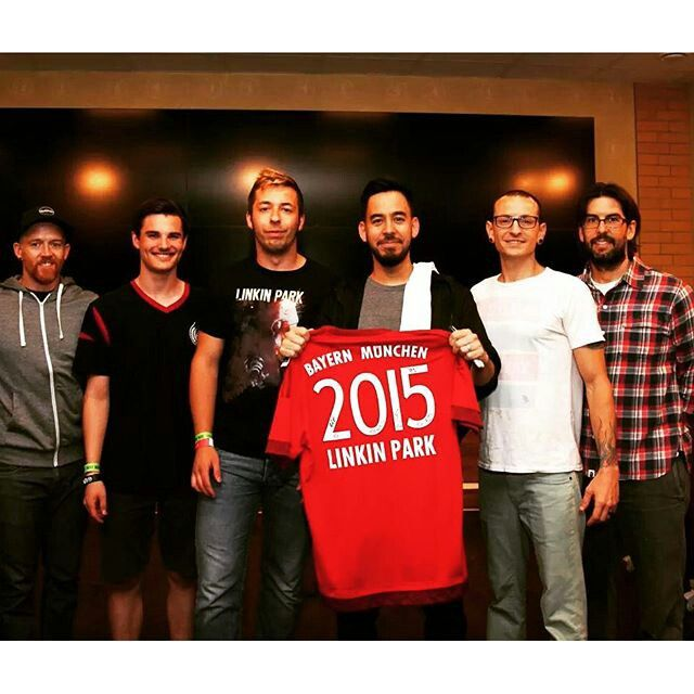 Linkin Park with Bayern Munchen's Home Jersey.