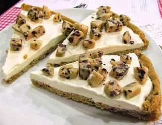 Cookie Dough Ice Cream Pizza - Kids love it (adults too)!