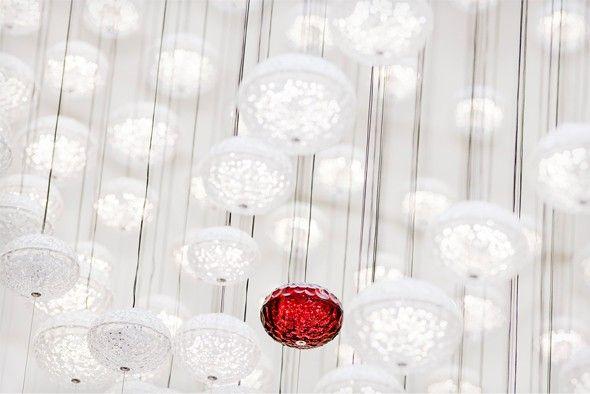 Le lustre en cristal Full Moon par Chafik Gasmi - Journal du Design