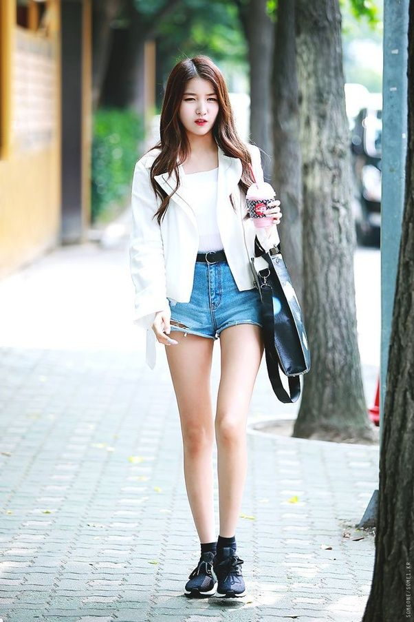 The Thinnest Kpop Idols Complete List Kpop Fashion Kpop Outfits Korean Fashion