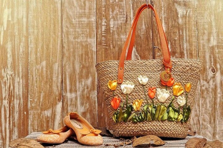 Handmade bag by gendhis ribbon