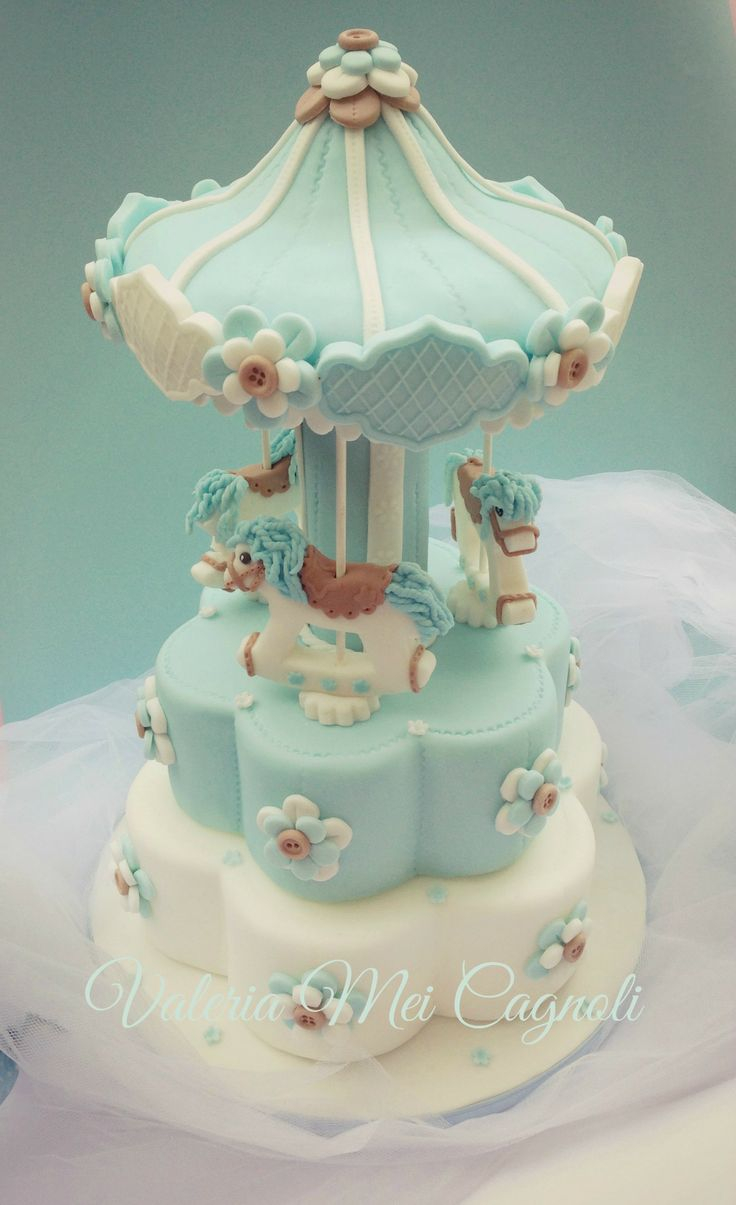 "Torta Carillon. Our sweet ""Carousel cake"".  http://ragazzecontorte.wordpress.com/ https://www.facebook.com/valeriameicakedesign"