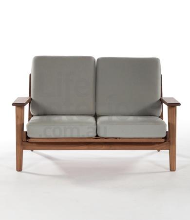 Replica Hans Wegner | Save On All Replica Hans Wegner Designs, Including the Hans Wegner Plank Sofa