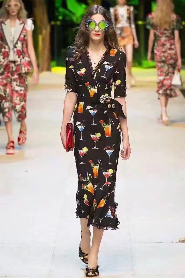 🍸🍸🍸Черное платье Dolce Gabbana с коктейльным принтом! Размеры S M L Цена 6999 руб /120$