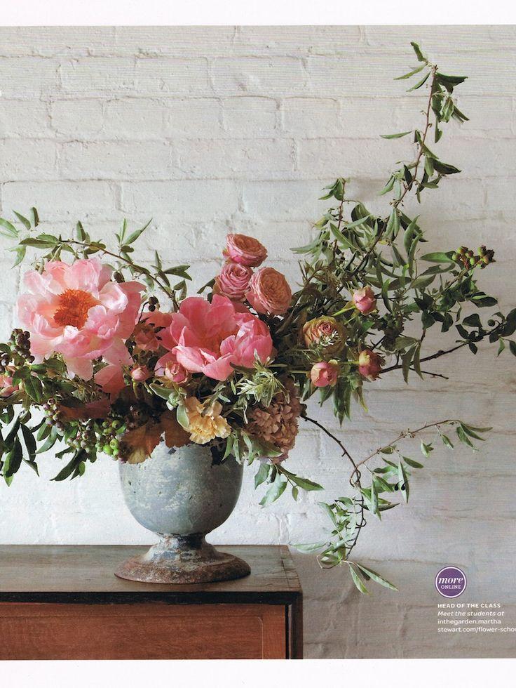 Martha_Stewart_Magazine Fresh floral arrangement