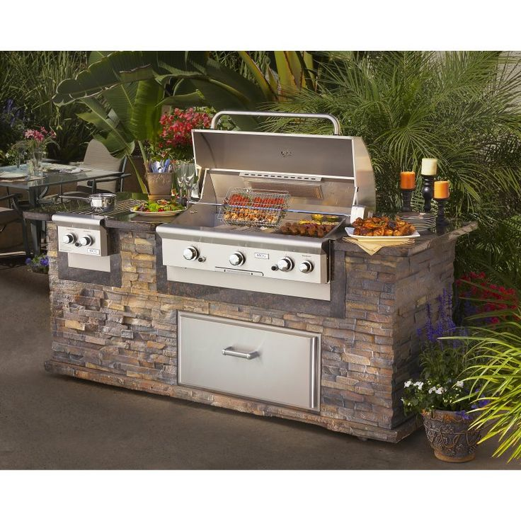 25 best ideas about built in gas grills on pinterest for Backyard built in bbq ideas