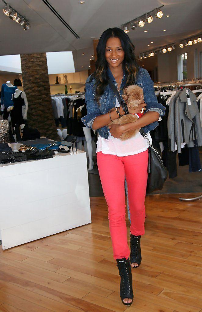 Ciara Photos - Ciara and her pup shop on Robertson Boulevard. - Ciara Shops on Robertson Boulevard