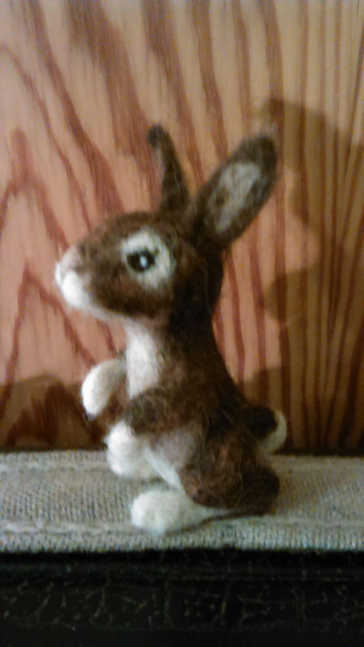 Needle felted rabbit by Alina Wodzińska