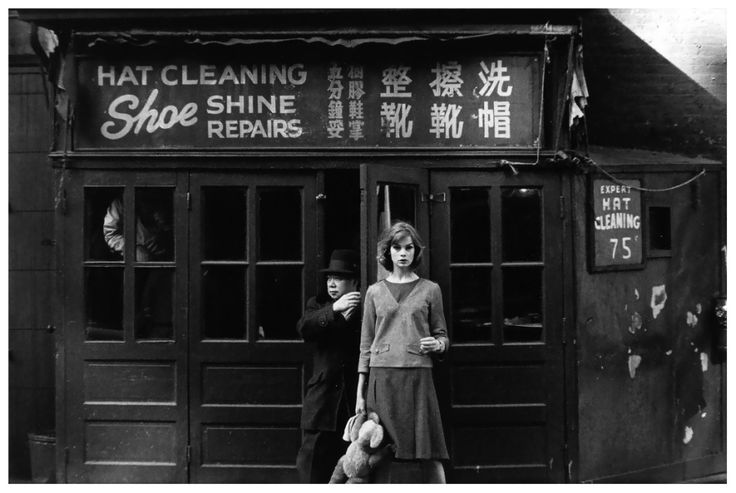 Jean Shrimpton in New York City photographed by David Bailey for Vogue, 1962 b