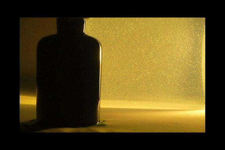 Jaan-Mikael Gröndahl, amber & ink, 2:04 min. Video