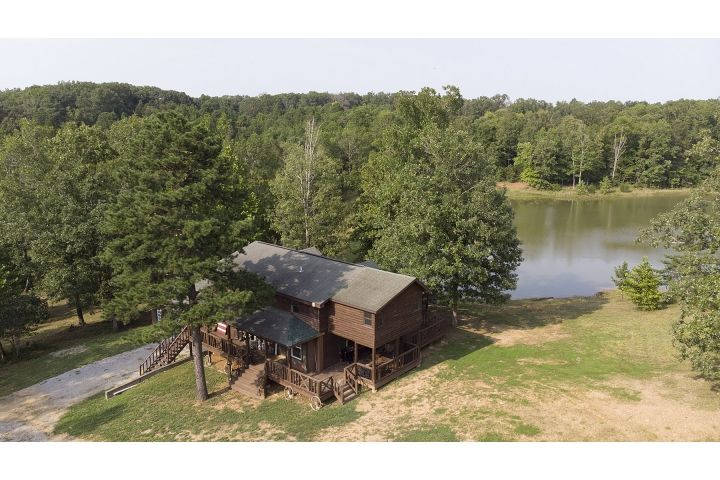 Home For Sale At 3271 Co Rd 832 Marble Hill Mo 63764 Mls 18070621 Visit Www Houseviewonline Com 18070621 For Information Photos M Marble Hill Mls Retreat