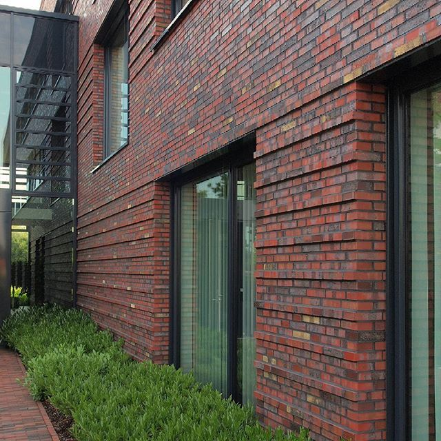 "Volksbank, Telgte, DE - Sortierung ""Cuxhaven"" #hagemeister #clinker #brick #brickarchitecture #iarchitectures #architecture #archilovers #facade"
