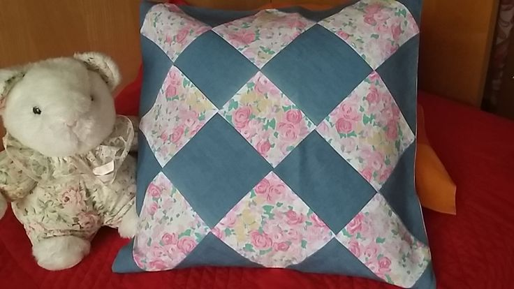 Federa cuscino patchwork jean/rose di Ilgirasoledilaura su Etsy