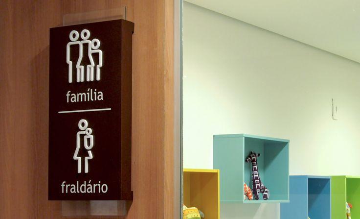 Shopping Estação BH - Wayfinding - CLA Programação Visual - Creative Director: Cynthia Araujo - Designer: Raphael Imenes