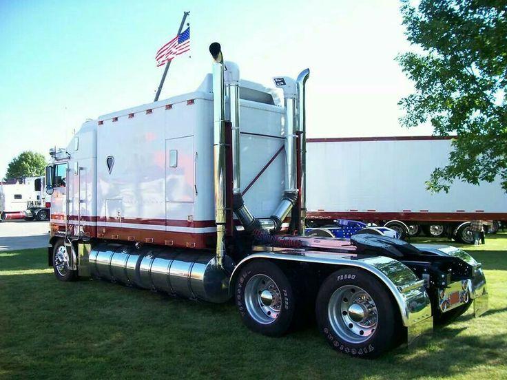 87 Best Rolling Apartments Images On Pinterest Semi Trucks Motor Homes And Big Trucks