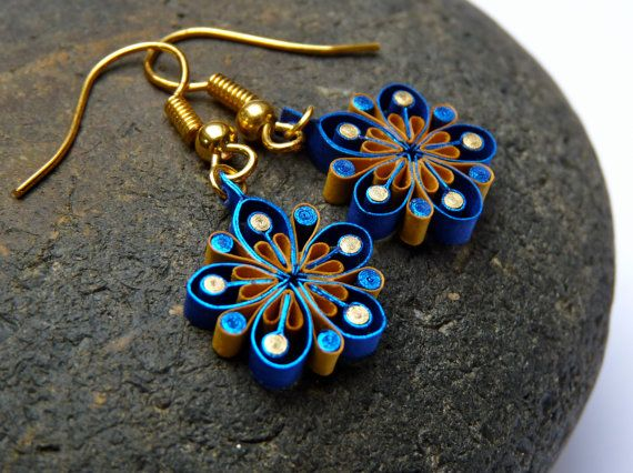 Small Earrings - Eco-friendly, quilled paper,  flowers, quilling