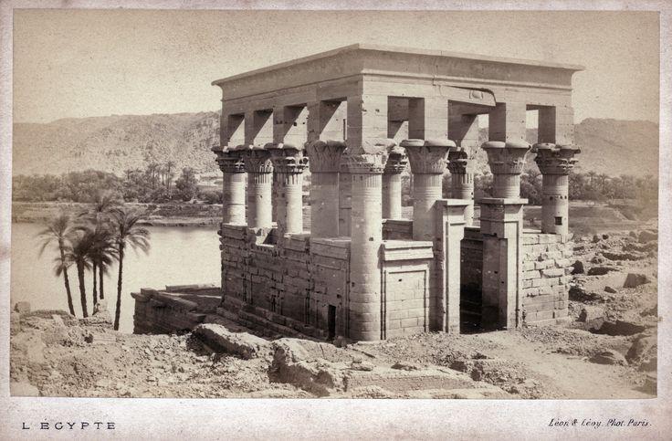Auguste-Rosalie Bisson - Philaé, Temple Hypèthre, 1869   Flickr - Photo Sharing!