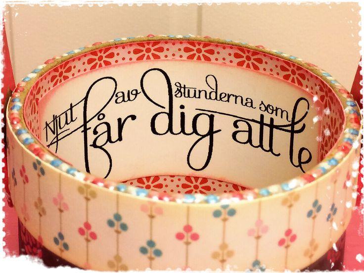 An altered basket made by DT-Linda S http://blog.pysseldags.com/2014/08/en-liten-korg.html