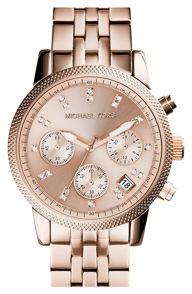 A gorgeous new Michael Kors rose gold watch just in time for daylight savings.
