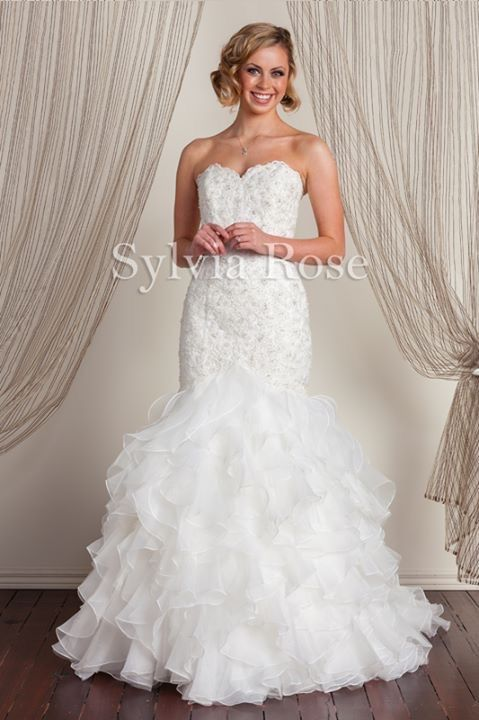 Sylvia Rose | Style Blake | Top seller | Wedding gown | Bridal dress | Sweet heart neckline | Organza skirt |