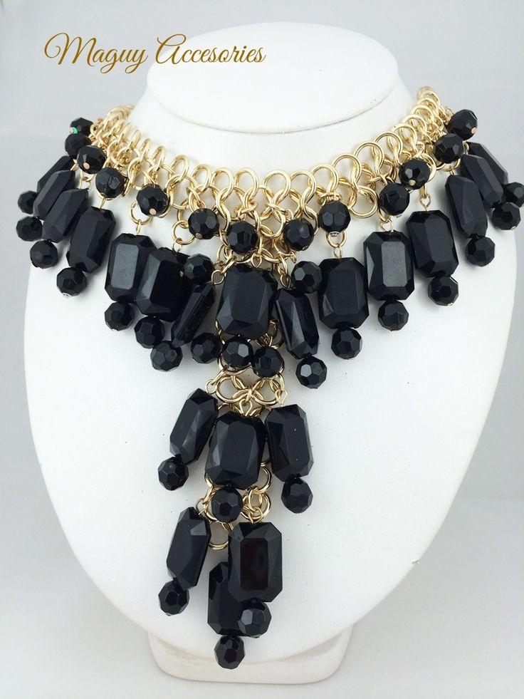 Collar Black Precio Pùblico $299 Código 1024 black Incluye aretes www.margori.com