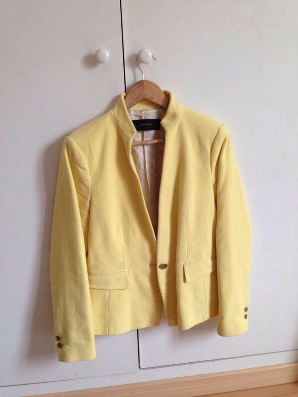 17 meilleures id es propos de vestes jaunes sur pinterest tueur de gu pe abeilles et - Blazer jaune moutarde ...