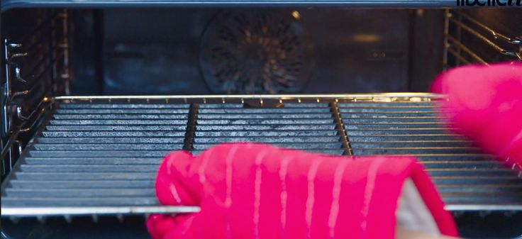 Zo maak je een grillrooster schoon zonder te schrobben of te boenen