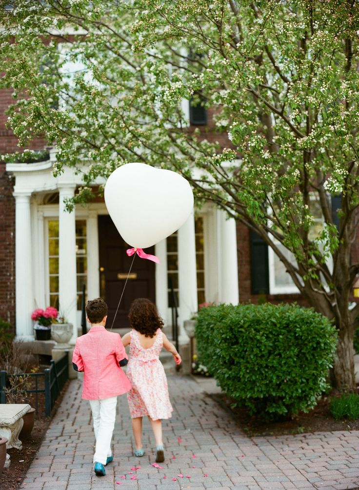 Cute inspiration for the littlest members of the wedding party! #balloons #wedding