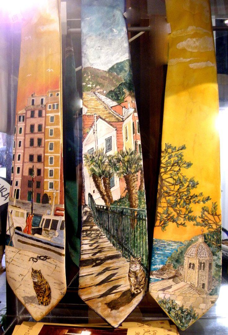cravatte dipinte a mano su seta - www.ilgiardinodellacerorosso.com