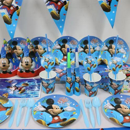 Набор посуды и аксессуаров для оформления праздничного стола Микки Маус. Нашла здесь - http://ali.pub/5tad9