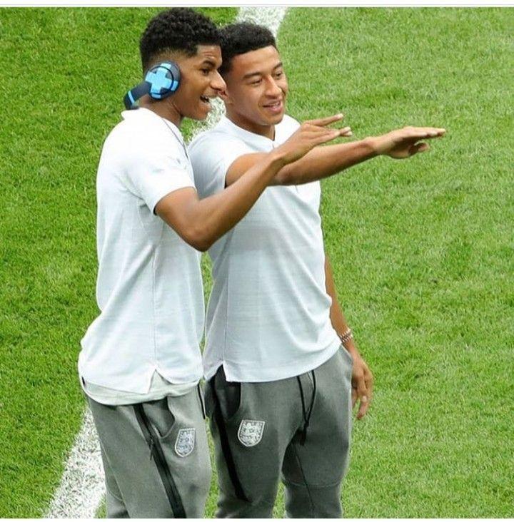 Marcus Rashford And Jesse Lingard Otherwise Know As Beans And Jlingz Jesse Lingard England Football Team England National Football Team