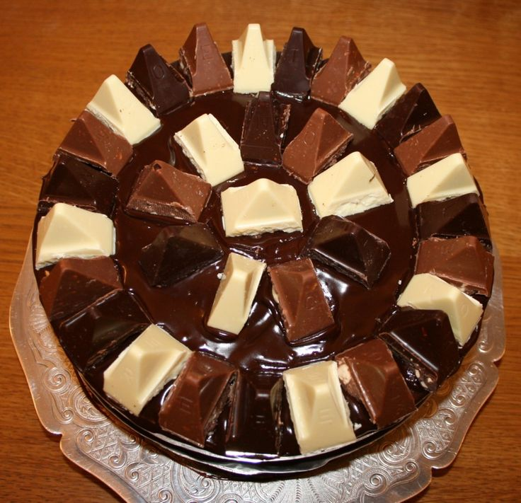 Toblerone cake - instead of toblerone I could use the small blocks from a large block of chocolate as the buttons for a calculator cake