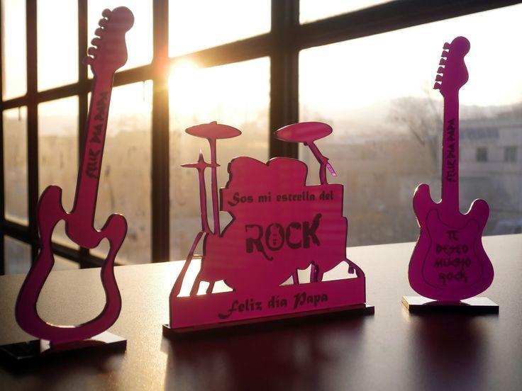 adornos de guitarras y bateria en metacrilato