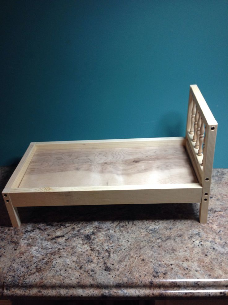 amish style solid wood bed for 18 inch american dolls