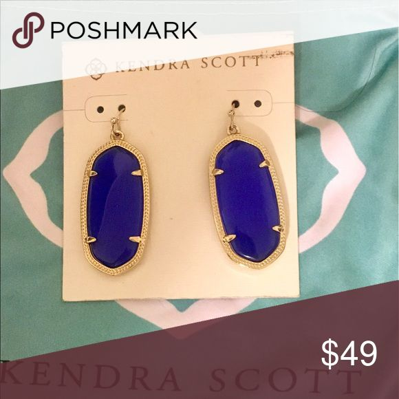 Kendra Scott Elle Earrings Cobalt blue Kendra Scott Elle earrings. Metal is gold Kendra Scott Jewelry Earrings