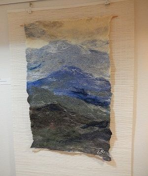 フェルト作品 Felt art by Hannele Rajala  Japanese scenery, mountains