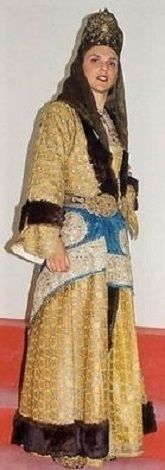 Greek bridal/festive costume from Silli (Sille), near Ikonion/Konya in Asia Minor/Turkey.  Late-Ottoman era, early 20th century.   The Greek-Orthodox inhabitants from Turkey were expelled from the country in 1923, in exchange for Muslim populations from Greece.
