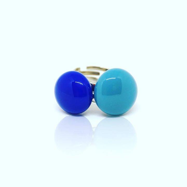 Amikor egy gyűrű mar nem elég...#glassjewelry #jewelrymaker #jewelrydesigner #jewelrygram #jewelry #nyiriandrea #blue #ring
