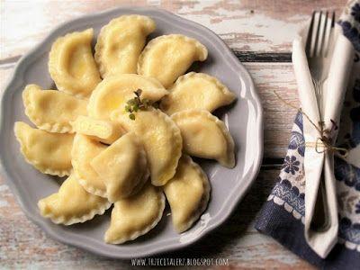 Pierogi z kaszą jaglaną i białym serem - kuchnia podkarpacka