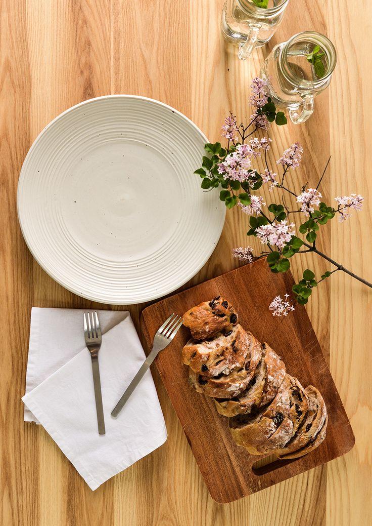 NATURAL WHITE DINNERWARE PLATES
