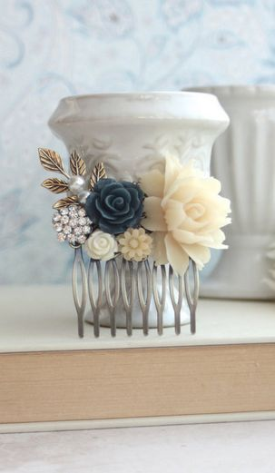Vintage inspired Very pretty...maybe put a light blue flower in the center so it matches.