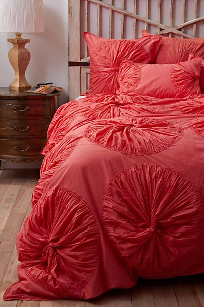 the comforter I want!!: Coral Duvet, Idea, Coral Bedspreads, Coral Colors, Headboards, Duvet Covers, Beds Spreads, Guest Rooms, Beds Sets
