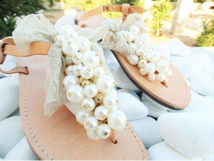 Pearl Sandals with Lace Bow
